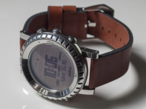 StrapsCo Vintage Style Rust Leather on a Suunto Core Steel: stylish and comfortable.