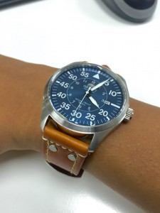 Orient Flight on pilot straps style with rivets.