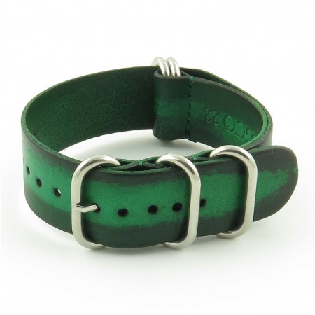 st793.11 Faded Vintage Leather NATO Strap in Green