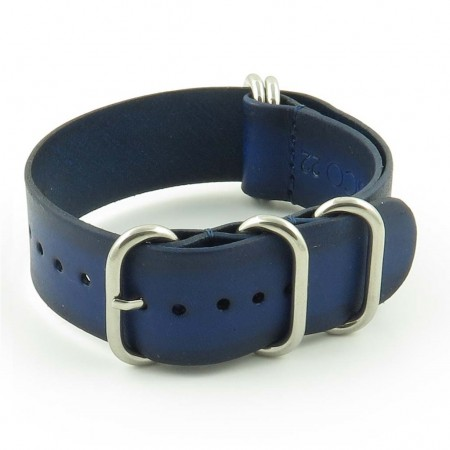 st793.5 Faded Vintage Leather NATO Strap in Blue