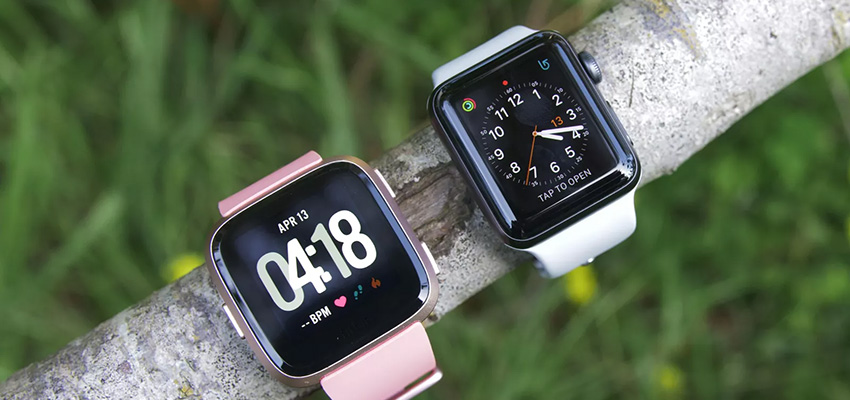 Fitbit Versa Vs Apple Watch Series 4 Design Display