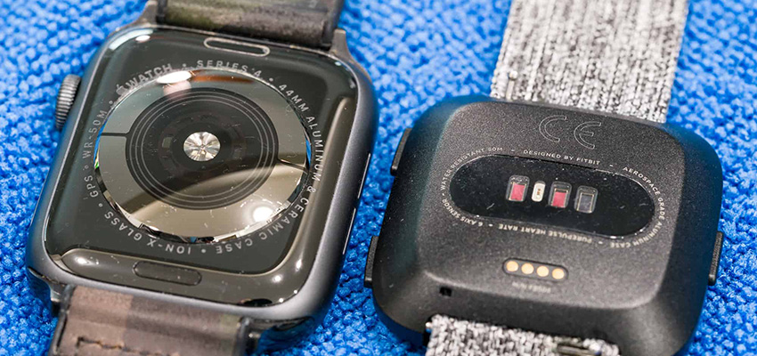 Fitbit Versa Vs Apple Watch Series 4 Fitness Tracking Heart Rate Sensor