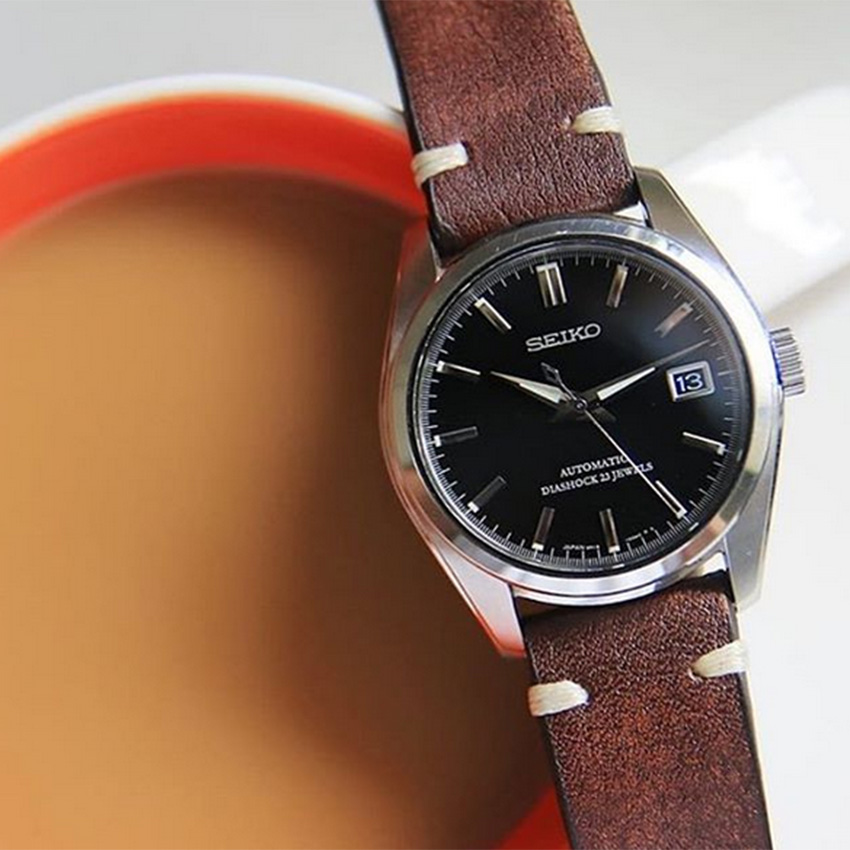 Latest Watch Strap Trends For The New Year Vintage Leather Watch Straps