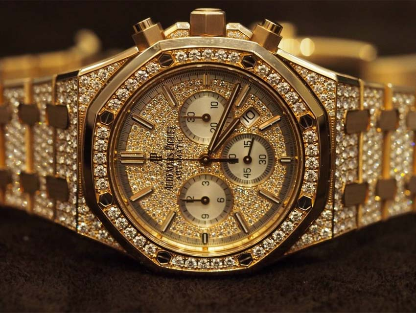 What Your Watch Says About You Maximalist Audemars Piguet Royal Oak Chonograph