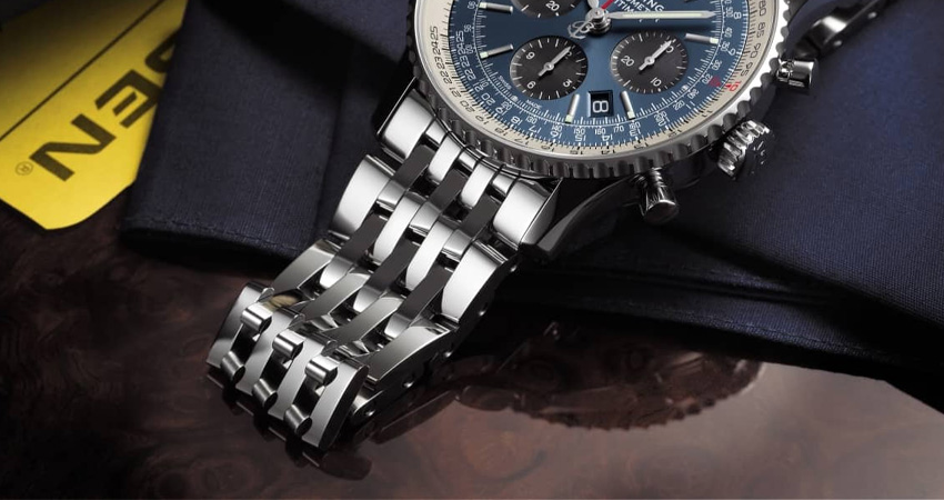 Most Iconic Watch Bracelets Ever Made Breitling Navitimer Bracelet