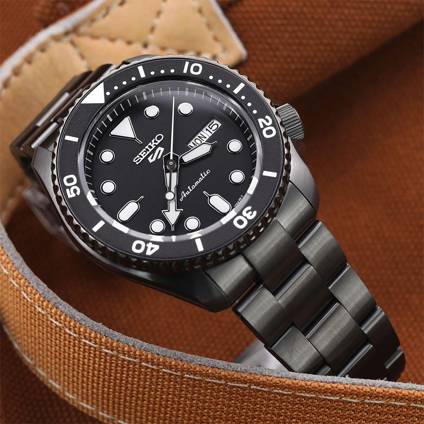 Best Automatic Watches Under 300 Seiko 5 SRPD65